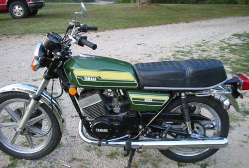 Download Yamaha Rd400c repair manual